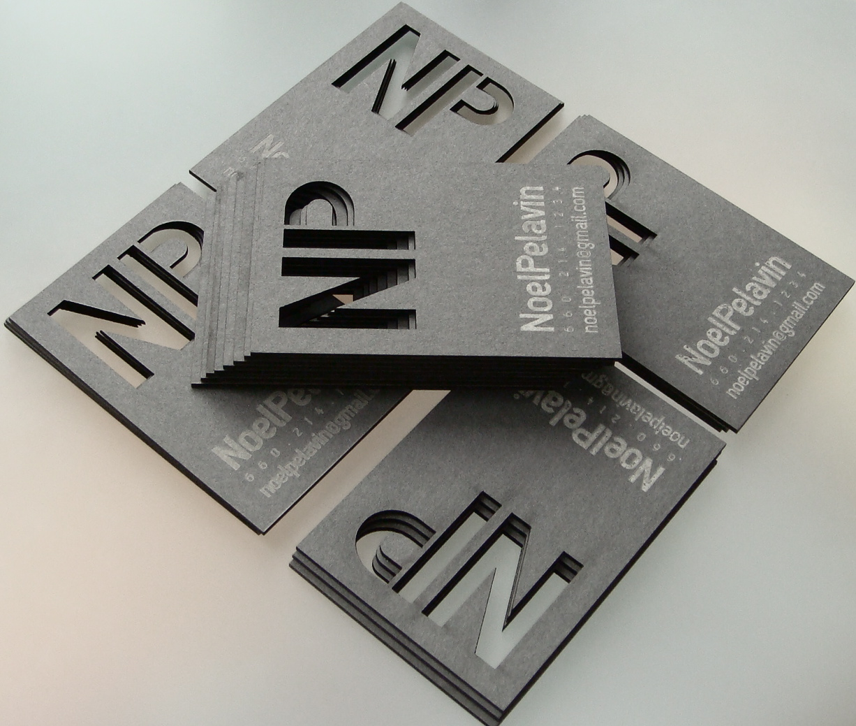 Noel Pelavin - laser cut business card